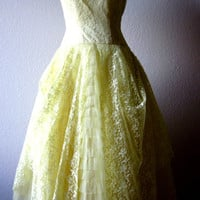 Vintage-1950s-Yellow-Lace-Tulle-Bridesmade-Prom-Wedding-Formal-Party-Dress-S-4