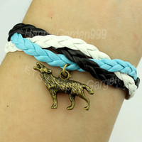 Wolf charm bracelet antique bronze bracelet cute personalized jewelry bracelet best gift-J769
