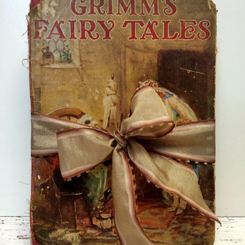 Grimm Fairy Tales, 1920s, Fairy Tale Book,Fairytale Book, Home Staging, Antique Fairy Tale Book ,Old Book, Photo Prop, Ephemera