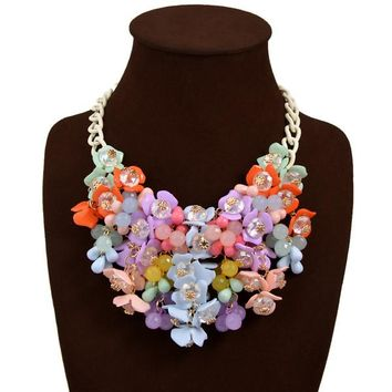 Small floral necklace