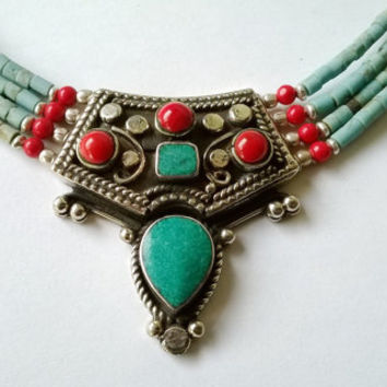 Necklace turquoise and Coral Boho, Gargantilla Plata Nepal, Gypsy turquoise necklace, ethnic jewelry, free people, tribal necklace