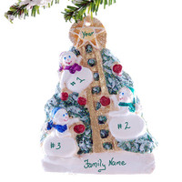 Family of 3 snowmen - Personalized Snowmen Christmas ornament - personalized with your family or groups names