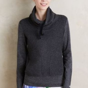 Alo Yoga Fleeced Cowl Pullover in Dark Grey Size:
