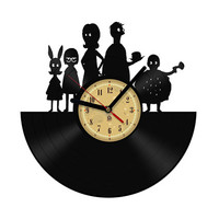 Vinyl Record Clock - Bob's Burgers. The package will be shiped in JANUARY 2015.
