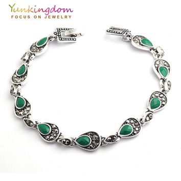 Yunkingdom  Bohemian Ethnic Jewelry Tibetan Silver Green Resin Bracelets  Nepal Women's New Year Gift  Fine Jewelry YUN0588