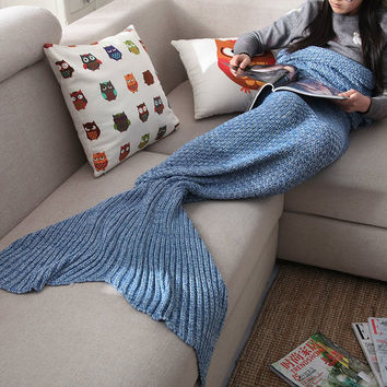 Red Knitted Mermaid Sofa Blanket Autumn&Winter +Free Gift Tatto Choker Necklace