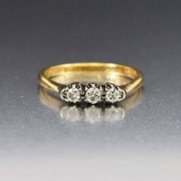 Art Deco 18K Gold Three Stone Diamond Trilogy Ring