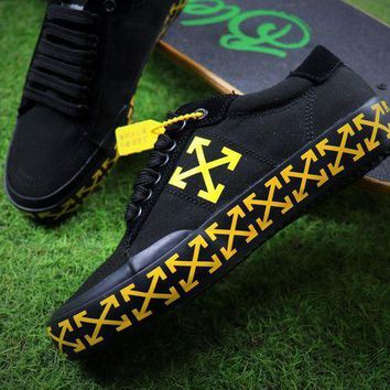 PEAP1 Off White Vulcanised Arrows Sneakers Black/Yellow Canvas Shoes