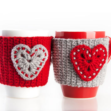 Crochet mug cozy warmer / Mug warmer, crochet heart, cup cozy, red, gray, hand crocheted, winter accessories, tea cozy. Set of 2