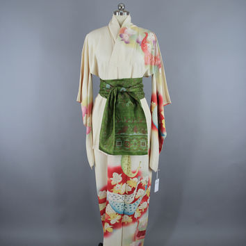 1960s Vintage Silk Kimono Robe Furisode / Ivory PEACOCKS Birds & Orchids Floral