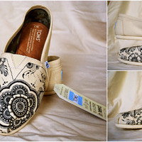 Mehndi Henna Inspired Unique Hand-Designed TOMS, Natural Canvas