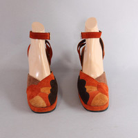 70s SUNBURST Novelty Ankle Strap PLATFORMS / 1970s Suede Leather WEDGES Heels 8