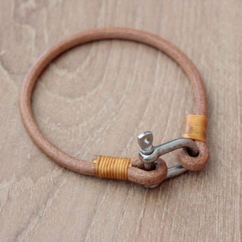 Leather Bracelet,Men Bracelet Leather, Men's Leather Bracelet,black snap shackle bracelet (MC-49)