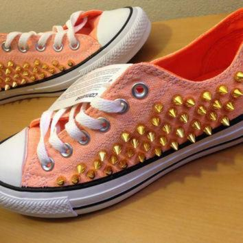 DCKL9 Converse Neon Orange Spiked Chuck Taylor's size 7
