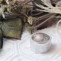 Solid .925 Sterling Silver Thick Band Ring Size 6.75