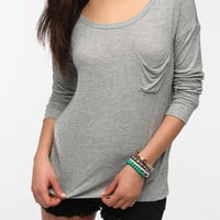 Urban Outfitters - Daydreamer LA Long Sleeve Drape Pocket Top