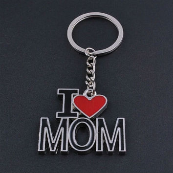 Letter I LOVE MOM keychains metal key rings lovely mother's day gift souvenir key chain personlized heart key holder SM6