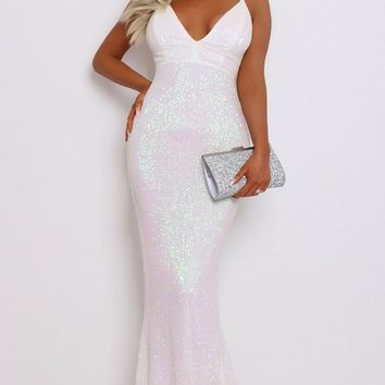 Old Hollywood Irridescent White Sequin Sleeveless Spaghetti Strap V Neck Backless Mermaid Maxi Dress