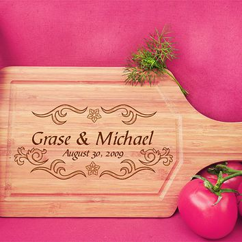 ikb490 Personalized Cutting Board Wood wedding gift anniversary date names wooden wedding