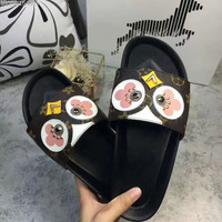 shosouvenir : LV Fashion casual women flip flops