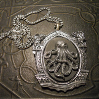Kraken the Guardian Silver and Black Resin Octopus Cthulhu Necklace Ursula Sea Goddess
