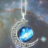 CHOPMALL® European Galaxy Fashion Timed Stone Pendant Necklace(1 Pc)