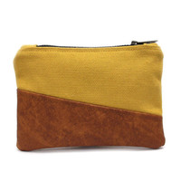 Mustard Coin Pouch, Credit Card Holder, Small Zipper Pouch, Faux Leather Pouch, Yellow Zipper Purse, Credit Card Case, Change Purse