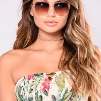Tide Beach Sunglasses - Gold/Pink