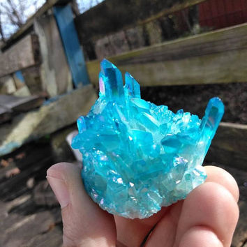 Blue Angel Aura Quartz Crystal Cluster - Angel Aura - Aura Quartz - Titanium Quartz - Reiki Infused - Healing Crystal - Chakra #558