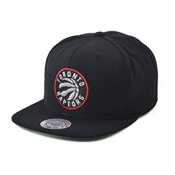 ONETOW Mitchell and Ness Toronto Raptors NBA Adjustable Fit Wool Solid Snapback Cap in Black