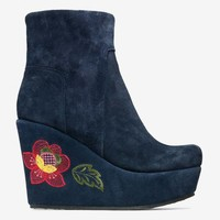 Clay's Boots | Sidewalk Store