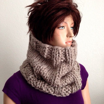 Knitted Chunky Winter Cowl