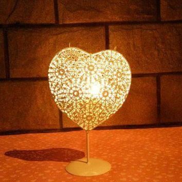 Moroccan Iron Heart Shape Hollow Out Candlestick Candle Holder  Wedding Home Decoration Candle Lantern Holder