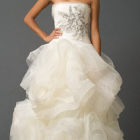 Vera Wang | Wedding | Bridal Collections | Fall 2011 | GISELE