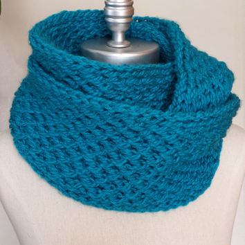 Bright Teal Blue Scarf, Knit Infinity Scarf, Loop Scarf, Mobius Circle Scarf, Womens Fashion Knitwear, Scarves