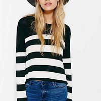 Mouchette Modern Striped