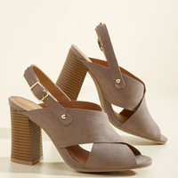 Dynamic on the Daily Heel | Mod Retro Vintage Heels | ModCloth.com