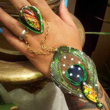 Feather Bracelet and Ring Slavebracelet Jewelry Green Peacock Feather Hand Chain.