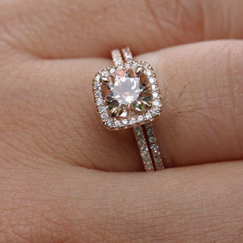 14k Rose Gold 7mm Morganite Round Single Cushion Halo Diamond Ring and Wedding Band set (Choose color and size options at checkout)