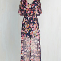Long Short Sleeves Maxi On Floral Grounds Dress