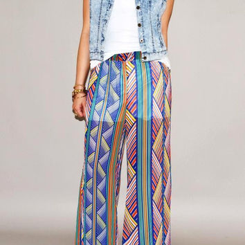 BLUE PATTERNED FLARED PANTS