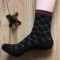 GUCCI trend men and women models casual fashion autumn and winter in the tube socks autumn