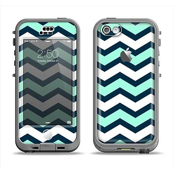 The Teal & Blue Wide Chevron Pattern Apple iPhone 5c LifeProof Nuud Case Skin Set
