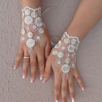 Ivory cream ecru lace gloves bridal gloves wedding gloves lace fingerless gloves free ship