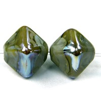 Avacado Green Crystal Lampwork Beads Aurae Metallic Band Glossy - $4.00 : Covergirlbeads, Lampwork Beads and Charms Handmade by Glass Artist Charlotte Hayes