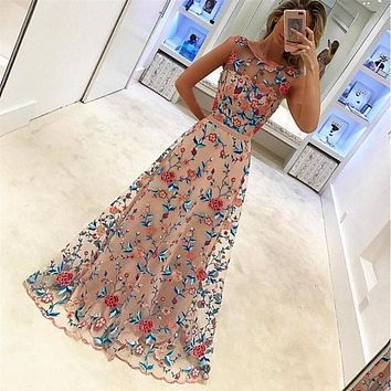 Temperament Fashion Retro Gauze Embroidery Flower Sleeveless Maxi Formal Dress