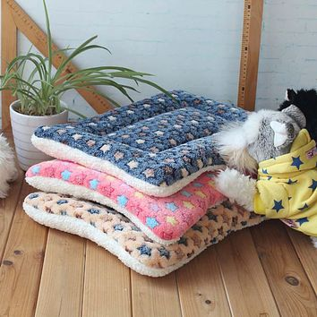 Warm Soft Fleece Pet Mat Travel Cat Litter Dog Blanket Puppy Cushion Pet Pad Dog Bed  Cheap 5 Size for Small And Large Dogs