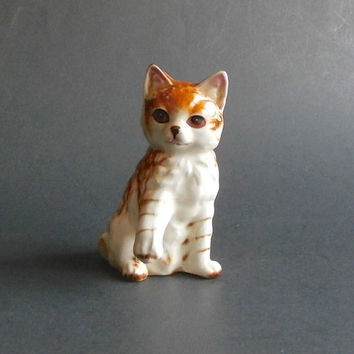 Vintage Calico Cat Figurine - Decorative Collectible Cat Figurine - Calico Kitten - Tortoise Shell Cat - Vntage Home Decor - Cat Knick Knack