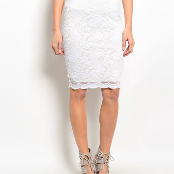 Scalloped Lace Hem Knee Length Pencil Skirt in White