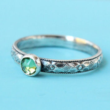 Green stacking ring, sterling silver, Swarovski peridot crystal, August birthstone,  mother's ring, floral band